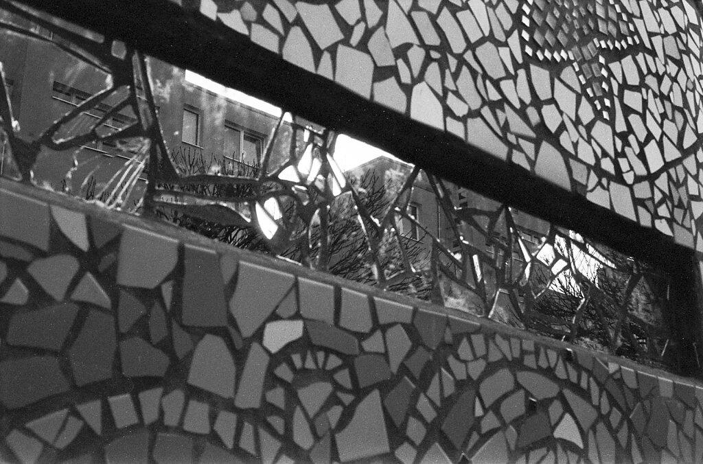 Spiegelndes Mosaik