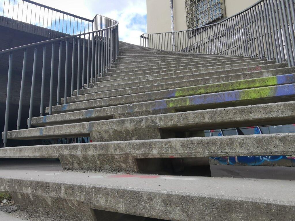 Am Anfang der Treppe